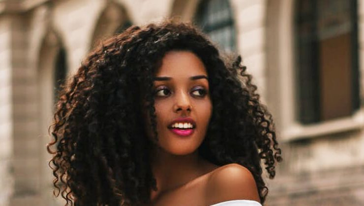Try these curly natural hair Tricks for Bomb Curls